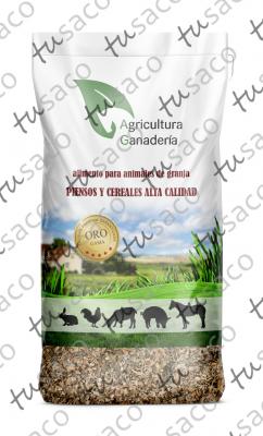 El mockup del saco laminado de polipropileno (BOPP) de Antonio Guerrero (pienso para animales de granja)